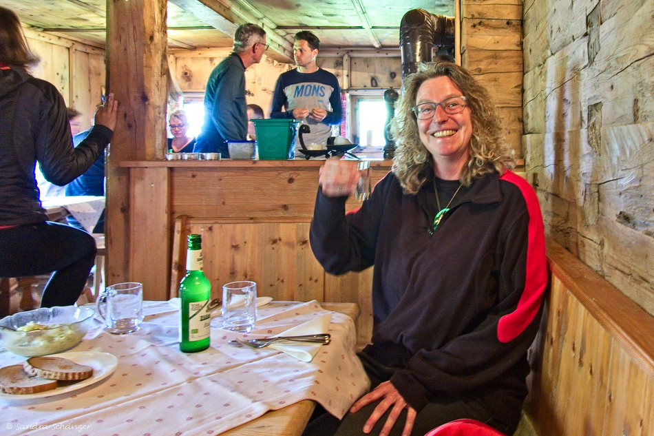 Bergbrunch in der Hütte